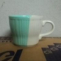 แก้วกาแฟสีฟ้า